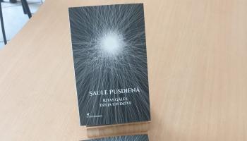 """Dzejnieces Ritas Gāles 95. dzimšanas dienā atver viņas grāmatu """"Saule pusdienā"""""""
