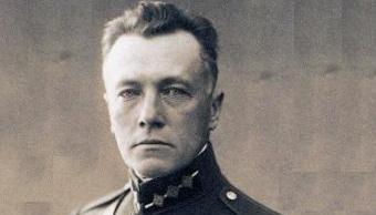 """""""Карты, коньяк, пенсия в 32 рубля"""": неизвестные факты из жизни генерала Балодиса"""
