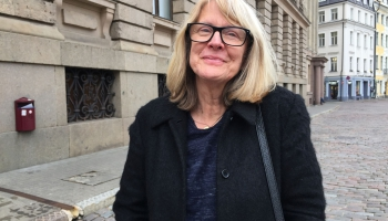 Palīdzības programmu vadītāja: Izdzīvotājas Latvijā vilcinās runāt skaļi