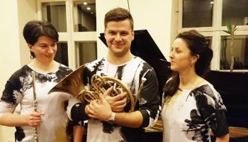 """Meža prelūdija. Studijā """"Trio Spectrum"""" mūziķes Liene Denisjuka-Straupe un Kristīne Paula"""