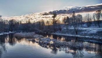 Крутые берега спокойствия: прогулка вдоль реки Сталдзене