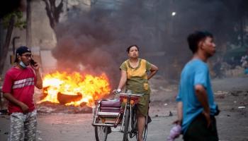 Baltkrievijā pretstāve turpinās. Mjanma tuvojas pilsoņkara situācijai