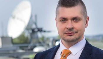 Žurnālistam Imantam Frederikam Ozolam, Latvijas Radio ienākot, ir māju sajūta