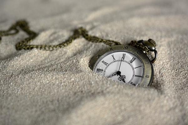 """Kad vēl nav """"5 o'clock"""" pēcpusdienā"""
