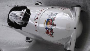 Svinīga 2014.gada ziemas olimpisko spēļu medaļu pasniegšanas ceremonija Latvijas bobslejistiem