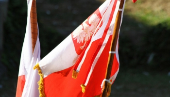 EK neapmierināta ar Polijas skaidrojumiem par valstī veiktajām reformām