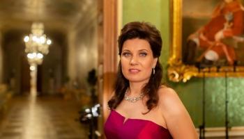 """Marina Rebeka un Laila Holberga cikla """"Kopā"""" koncertā Rundāles pils Baltajā zālē"""