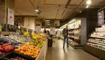 Нехватки продуктов на полках магазинов не будет, но цены могут снова вырасти