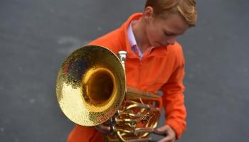 Школьный Праздник песни и танца: праздник там, где нахожусь я