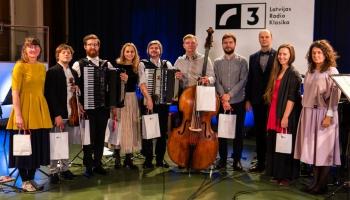 "Pirmo reizi Latvijas Radio 1. studijā - ansamblis ""Arcandela"" ar pasaules tautu mūziku"
