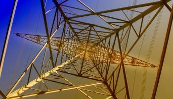 """""""Augstsprieguma tīkla"""" vadītājs: Elektrības piegādes pārrāvumu varēja radīt zibens izlāde"""