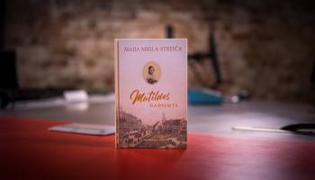 """Sarunājoties ar Maiju Miglu-Streiču, lasām viņas romānu """"Matildes gadsimts"""""""