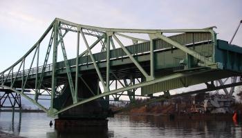 Мост Калпака в Лиепае: при чём тут Эйфель?