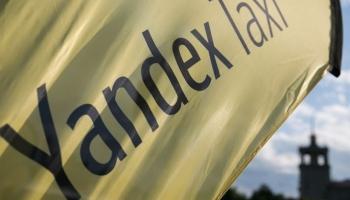 """Lietuvā iesaka neinstalēt un neizmantot """"Yandex.Taxi"""" lietotni"""