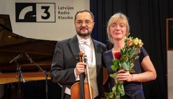 Maksims Novikovs (alts)  un Herta Hansena (klavieres) Latvijas Radio I studijā