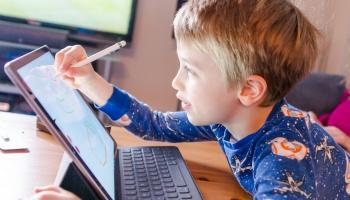 Digitālie mācību līdzekļi ienāk arī bērnudārzā
