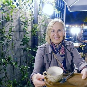 Laima Kota - latviešu rakstniece no matu galiņiem līdz kāju papēžiem