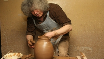 Юрис Тумулканс: керамикой можно выразить всё