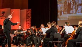 Daugavpilī veidos simfonisko orķestri. Stāsta diriģents Aivars Broks