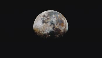 Ūdens uz Mēness un saruna par mākslīgā intelekta kursu - Elements of AI