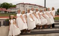 """Iepazināmies ar Rēzeknes sākumskolas un 1. ģimnāzijas meiteņu ansambļiem """"Noskaņa"""""""