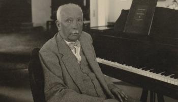 """Par valšu svītu no Štrausa """"Rožu kavaliera"""" diskutē Arturs Maskats un Juris Griņevičs"""