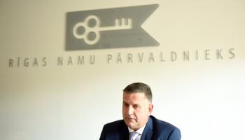 """Rīdzinieku parādu par apkuri """"Rīgas namu pārvaldnieks"""" samaksāja no uzkrājumiem"""