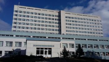 Dome Daugavpils slimnīcai piešķir 670 000 eiro, daļu izmaksās prēmijās