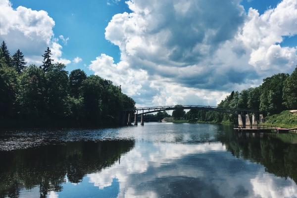 Latvijas lielās upes: kā tās veidojušās un laika gaitā mainās