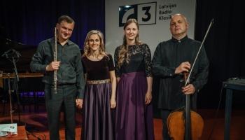 """Koncertprogramma """"Variācijas par tautasdziesmu"""" Latvijas Radio I studijā"""