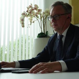 Mikroķirurgs Uldis Krustiņš - ārsts no mediķu dzimtas