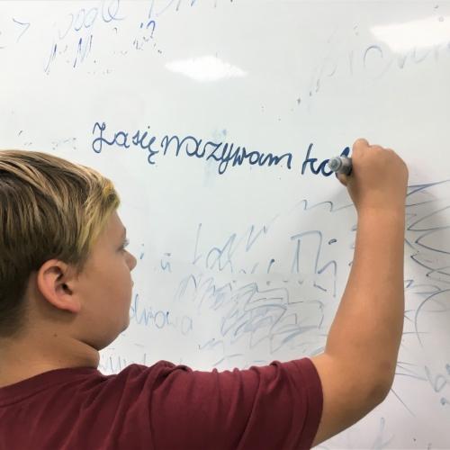 Mazāklietoto Eiropas valodu nākotni saredz skolā un ģimenē