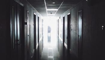 В зоне отчаяния: как нехватка денег в стране сказывается на судьбе пациентов?