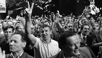 Virzība pretim 1991. gada janvāra barikāžu dienām: norises 1990. gada sākumā