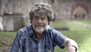 17. septembris. Dzimis alpīnists un piedzīvojumu meklētājs Reinholds Mesners