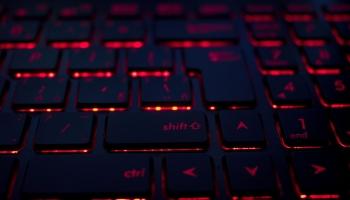 Iepirkšanās internetā: ieteikumi drošībai gan pircējiem, gan pārdevējiem
