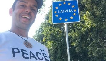 Tanausú Herrera: 10 285 км пешком за мир во всём мире
