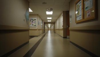 Turpinās sarunas par aprūpes slimnīcu izveidi Rīgā