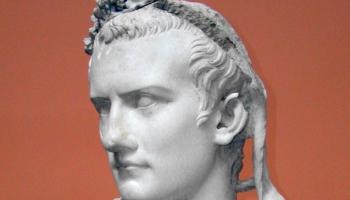 24. janvāris. Sazvērnieki laupīja dzīvību Romas imperatoram Kaligulam