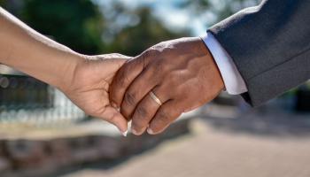 Pētījums: Latvijā lielākie aizspriedumi ir pret romiem, musulmaņiem un afrikāņiem