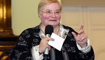 Janīna Kursīte: sveiciens visiem dzejdariem un dzejasmīļiem Dzejas dienā!