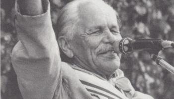 Mūsu valsts vienaudzim, dziesminiekam Eduardam Rozenštrauham - 100!