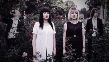 "Jaunākie ""gothic/postpunk/postgrunge"" albumi no ASV"
