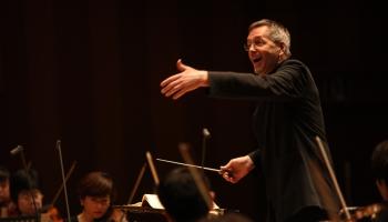 """Britu diriģents Daglass Bostoks Orķestra """"Rīga"""" festivāla """"Windstream"""" atklāšanā"""