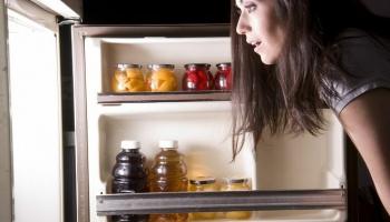 Питание в праздники. Как не съесть и не выпить лишнего?