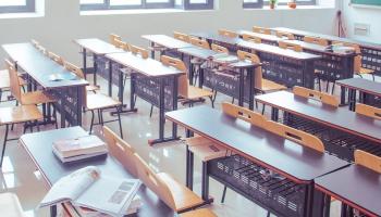 Daugavpils Universitātes studenti iebilst pret iespējamo tās reorganizāciju par augstskolu