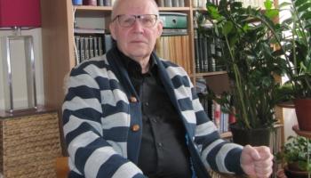 """""""Zelta mikrofons"""" par mūža ieguldījumu Latvijas mūzikas attīstībā - Kārlim Pinnim un Vikam"""