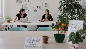 Cēsu koprades māja ļauj uzņēmējiem iesācējiem izmēģināt spēkus un rada kopības sajūtu
