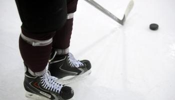 Latvijas junioru hokeja izlases gatavojas pasaules čempionātam