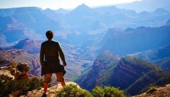 Ceļot vairākus mēnešus, tērējot pēc iespējas mazāk